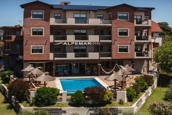 Welcome-To-Hotel-Alpamer